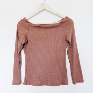 Ribbed off the shoulder long sleeve